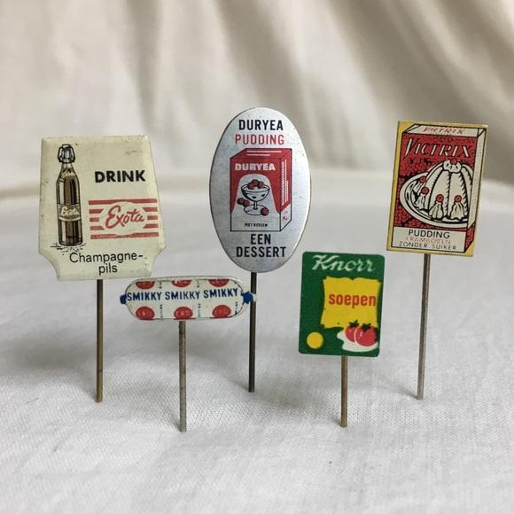 Dutch Market Food Pins